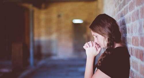 Modlitwa - Sprawiedliwy Panie, w Twoje ręce oddaje wszystkie moje troski