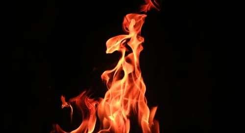 Modlitwa - Miłosierny Ojcze, tak mnie skrusz, tak mnie złam, tak mnie wypal, byś został tylko Ty.
