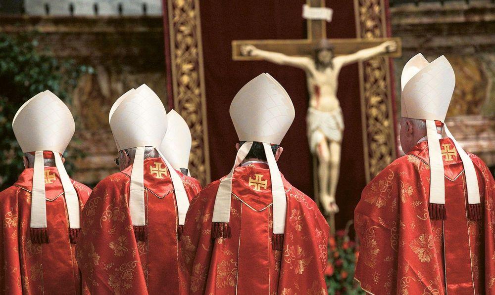 Ciemna noc kościoła - Pedofilia w Kościele Katolickim