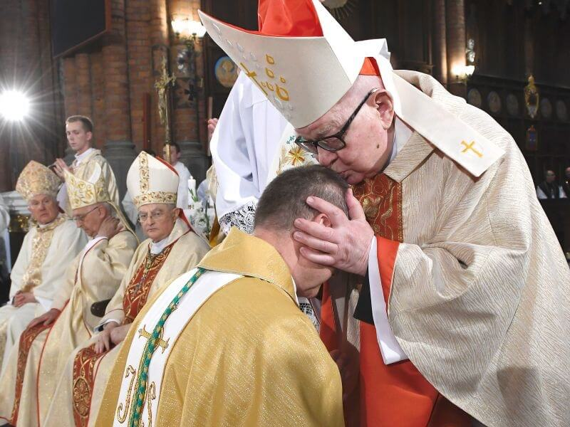 kard. Henryk Gulbinowicz - pedofilia w Kościele Katolickim