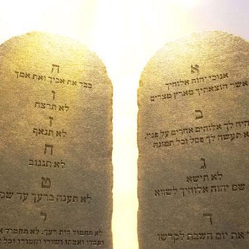 Mt 5, 17-19 Jezus nie znosi Prawa, lecz je wypełnia